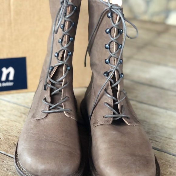 Trippen lace up mid calf boots size 9.5/10  granit